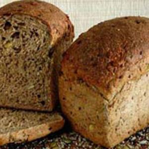 Sol-Spelt-Megagrain-Loaf-Sliced